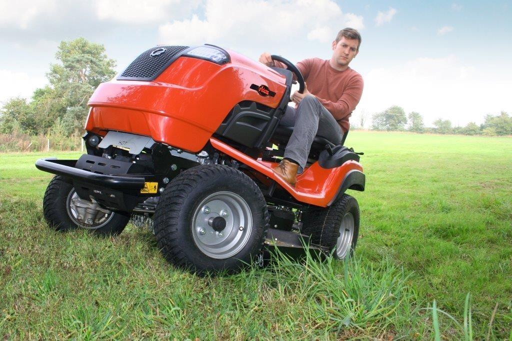ariens traktor ogrodowy b60 4trac hgm. Black Bedroom Furniture Sets. Home Design Ideas